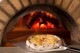 kolorowe skarpetki pizza hawajska, oryginalne skarpety w pudełku wyglądające jak prawdziwa pizza