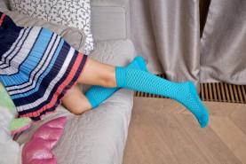 Bawełniane podkolanówki ażurowe dla dzieci, różne kolory